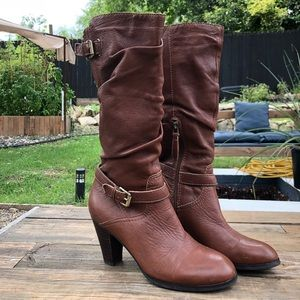 Brown Leather Guess boots Women's Size 7.5